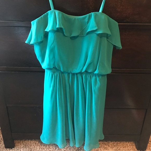 Cache Dresses & Skirts - Cache' strapless dress
